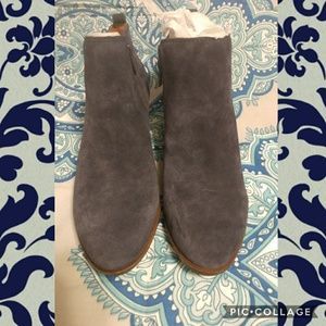 🍃🍃Lucky Brand Suede Booties🍃🍃